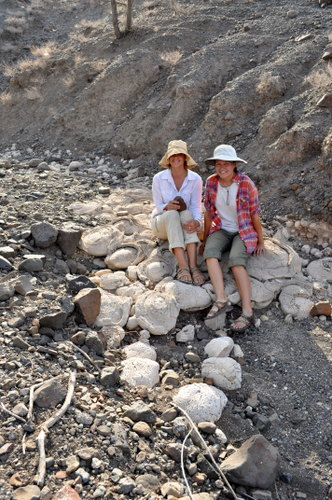 Robyn and Kailie on a bed of stromatolites at Nadung'a.